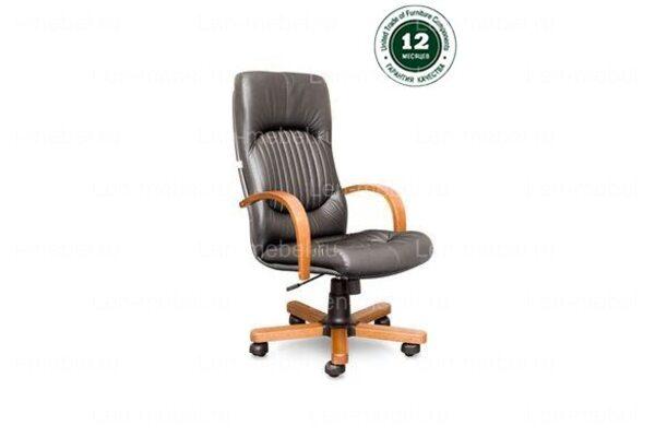Кресло для руководителя Гермес В дерево