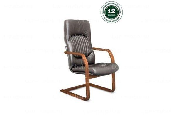 Кресло для руководителя Гермес В/п дерево