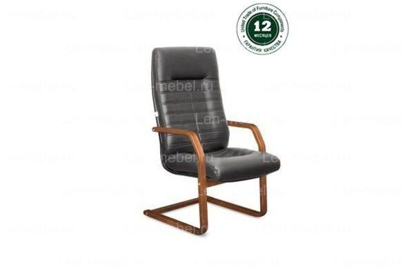 Кресло для руководителя Орион В/п дерево